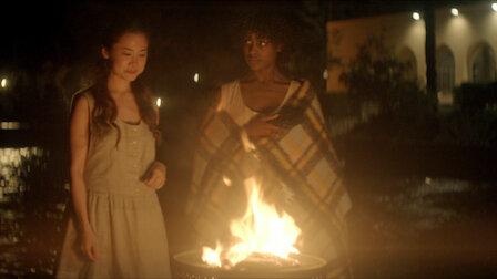 觀賞女巫要來了。Episode 5 of Season 1.
